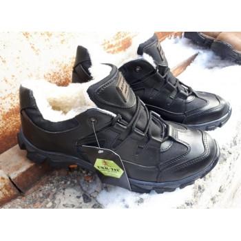 Зимние тактические кроссовки 36-46 размеры черный